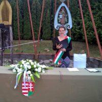 R-VISOR-a-szertartasvezeto-csapat-eskuvo-szertartas-ceremonia-kiskepek-galeria (46)