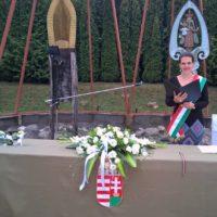 R-VISOR-a-szertartasvezeto-csapat-eskuvo-szertartas-ceremonia-kiskepek-galeria (50)