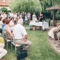 R-VISOR-a-szertartasvezeto-csapat-eskuvo-szertartas-ceremonia-kiskepek-galeria (52)